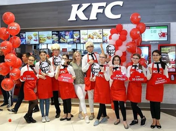 Фартуки и галстуки для KFC Бишкек